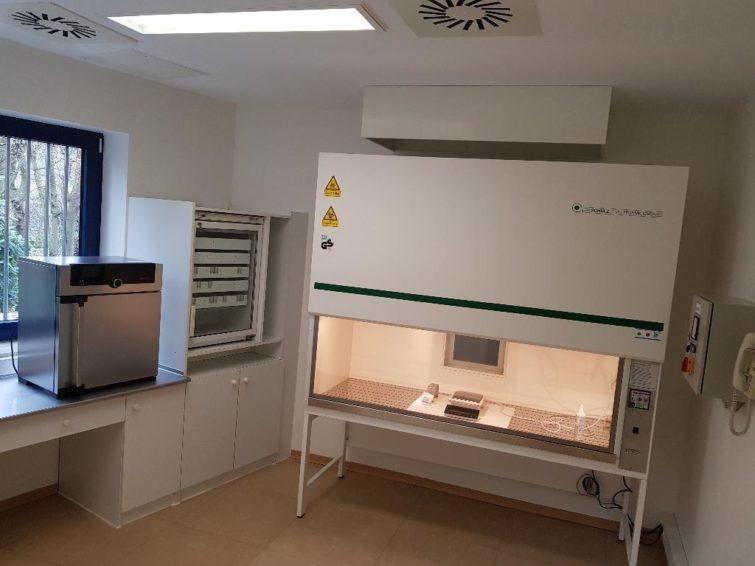 Zytostatik Labor Apotheke der Schulz Lufttechnik GmbH zu verkaufen
