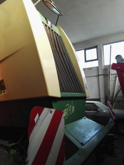 Косилка Krone Big M II 450 переоборудована в мульчер в продаже