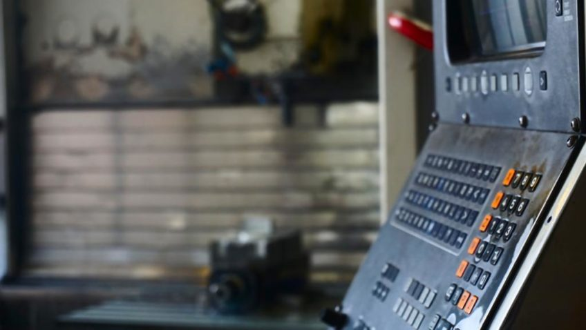 CNC-Fräse Hermle UWF 902 H Fräsmaschine Vertikal zu verkaufen