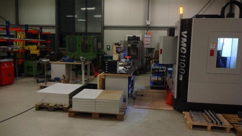 Fräsmaschine SMTCL VMC 1100B Siemens Dmu 35M Deckel Maho FP4 DMG zu verkaufen
