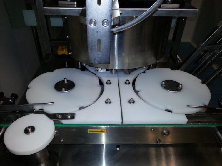 SNOWBELL Crimpmaschine für 10ml Fläschchen 14400 pro Stunde zu verkaufen